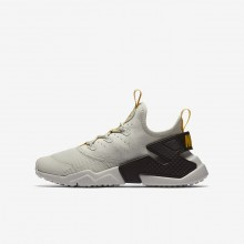 Nike Huarache Run Drift Lifestyle Shoes Boys Light Bone/Velvet Brown/Vivid Sulfur 943344-004