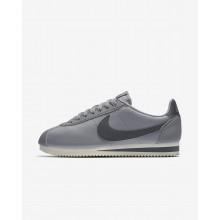 brand new c5fe0 6e5b7 Nike Classic Cortez Freizeitschuhe Damen Grau 807471-017