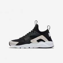 Nike Air Huarache Lifestyle Shoes Boys Black/White/Barely Rose 847568-010