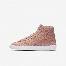 Nike Blazer Mid SE Lifestyle Shoes Girls Coral Stardust/Gum Light Brown/White/Rust Pink 902772-601