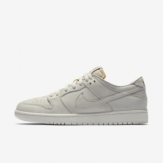 new style cbbe3 9bde3 Chaussure de Skate Nike SB Zoom Dunk Low Pro Deconstructed Homme Clair  Blanche Kaki AA4275