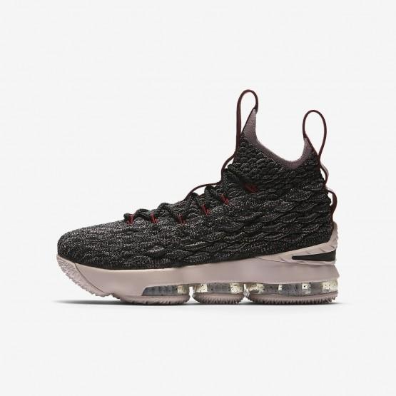 Nike LeBron 15 Basketball Shoes Boys Black/Team Red/Metallic Gold 922811-003